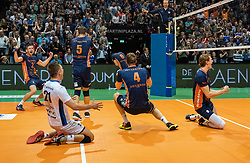 12-05-2019 NED: Abiant Lycurgus - Achterhoek Orion, Groningen<br /> Final Round 5 of 5 Eredivisie volleyball, Orion wins Dutch title after thriller against Lycurgus 3-2 / Last ball of the match Joris Marcelis #4 of Orion scores 3-2. Twan Wiltenburg #9 of Orion, Shalev Saada #5 of Orion, Wessel Anker #2 of Orion, Rob Jorna #10 of Orion