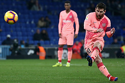December 8, 2018 - Barcelona, Catalonia, Spain - Leo Messi scores during the match between RCD Espanyol and FC Barcelona, corresponding to the week 15 of the spanish league, played at the RCD Espanyol Stadium on 08th December 2018 in Barcelona, Spain. Photo: Joan Valls/Urbanandsport /NurPhoto. (Credit Image: © Joan Valls/NurPhoto via ZUMA Press)