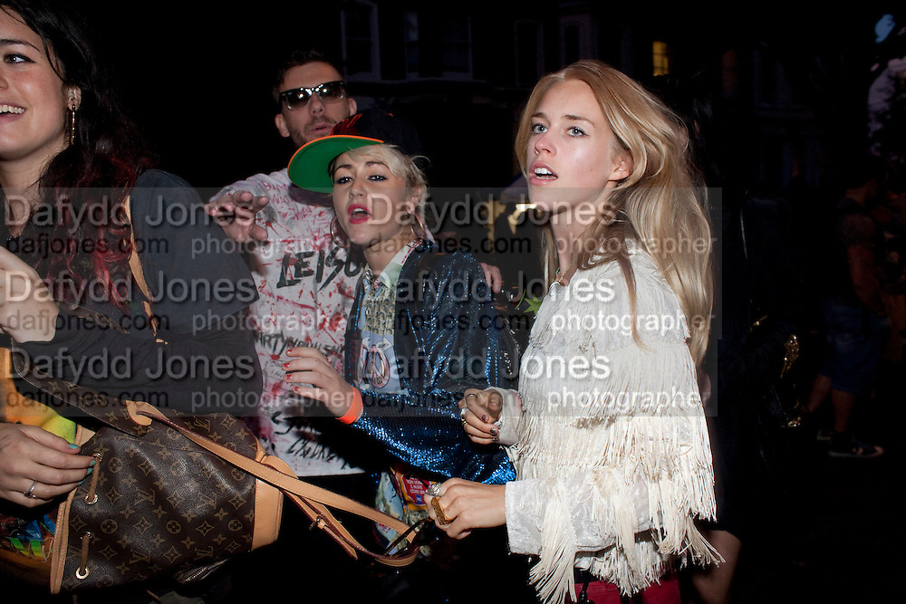 JAIME WINSTONE; MARY CHARTERIS; ,Outside WranglerÕs Nottinghill Carnival Party at the Bumpkin restaurant.  Westbourne Park Rd. London W1. 28 August 2011. <br /> <br />  , -DO NOT ARCHIVE-© Copyright Photograph by Dafydd Jones. 248 Clapham Rd. London SW9 0PZ. Tel 0207 820 0771. www.dafjones.com.<br /> JAIME WINSTONE; MARY CHARTERIS; ,Outside Wrangler's Nottinghill Carnival Party at the Bumpkin restaurant.  Westbourne Park Rd. London W1. 28 August 2011. <br /> <br />  , -DO NOT ARCHIVE-© Copyright Photograph by Dafydd Jones. 248 Clapham Rd. London SW9 0PZ. Tel 0207 820 0771. www.dafjones.com.
