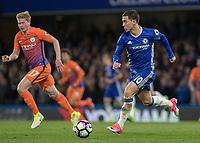 Football - 2016 / 2017 Premier League - Chelsea vs. Manchester City<br /> <br /> Eden Hazard of Chelsea breaks from the midfield at Stamford Bridge.<br /> <br /> COLORSPORT/DANIEL BEARHAM