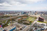 Nederland, Amsterdam, Zuidas, 16-04-2008; nieuwbouw voor het academisch ziekenhuis van de Vrije Universiteit VU aan de Zuidas, gezien naar de oosten met geheel rechts het nieuwe hoofdgebouw van de VU; links de A10, naast de snelweg het WTC (links, groene toren), en rechts Mahler 4 en het hoofkantoor van de ABN AMRO;..luchtfoto (toeslag); aerial photo (additional fee required); .foto Siebe Swart / photo Siebe Swart