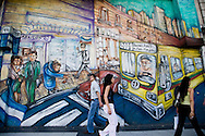 MURALES - mural paintings on 9th of July avenue  Buenos Aires - Argentina  .///.PEINTURE murale sur l'avenue du 9 juillet  Buenos Aires - Argentine .///.BUAIR029