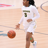 1st year guard Kyia Giles (6) of the Regina Cougars in action during the home game on January  27 at Centre for Kinesiology, Health and Sport. Credit: Arthur Ward/Arthur Images