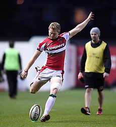 Plymouth Albion fly half, Declan Cusack kicks a conversion at Ashton Gate - Photo mandatory by-line: Paul Knight/JMP - Mobile: 07966 386802 - 01/01/2015 - SPORT - Rugby - Bristol - Ashton Gate - Bristol Rugby v Plymouth Albion - Greene King IPA Championship