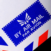 The symbol on an international air mail envelope