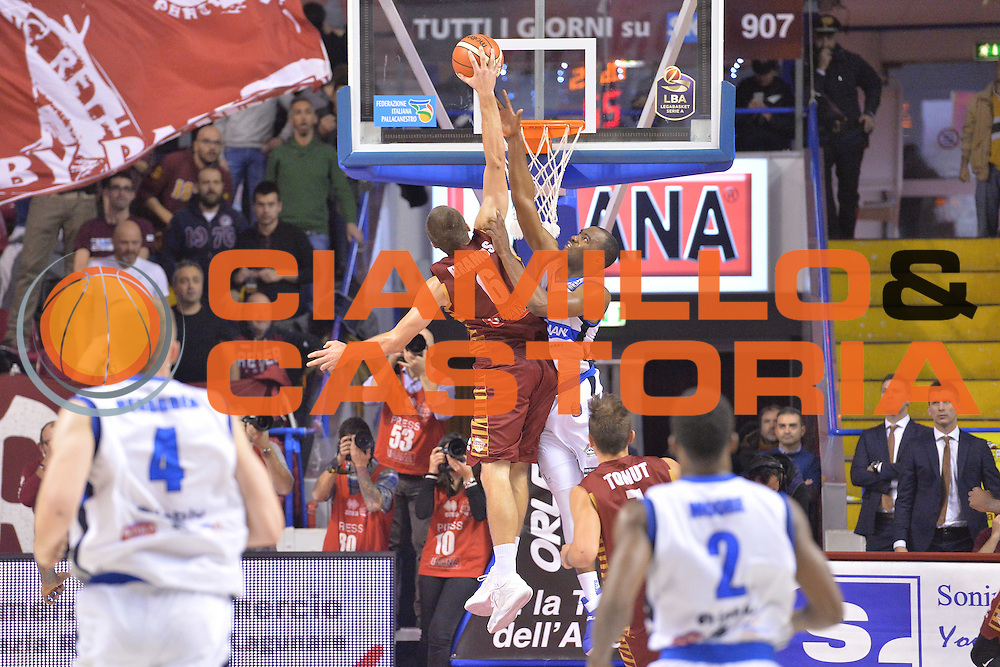 Michael Bramos<br /> Umana Reyer Venezia - Germani Basket Brescia<br /> Lega Basket Serie A 2016/2017<br /> Venezia 18/12/2016<br /> Foto Ciamillo-Castoria