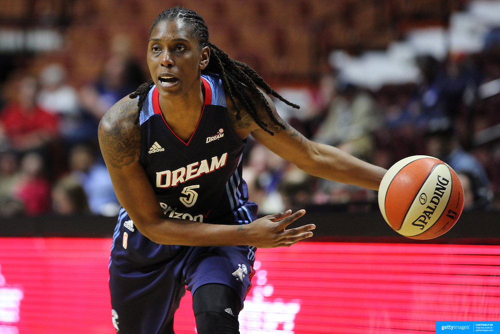UNCASVILLE, CONNECTICUT- MAY 05:  Roneeka Hodges #5 of the Atlanta Dream in action during the Atlanta Dream Vs Chicago Sky preseason WNBA game at Mohegan Sun Arena on May 05, 2016 in Uncasville. (Photo by Tim Clayton/Corbis via Getty Images)