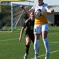 2nd year forward Sydney Langen (28) of the Regina Cougars \in action during the Women's Soccer Home Game on October 15 at U of R Field. Credit: Arthur Ward/Arthur Images