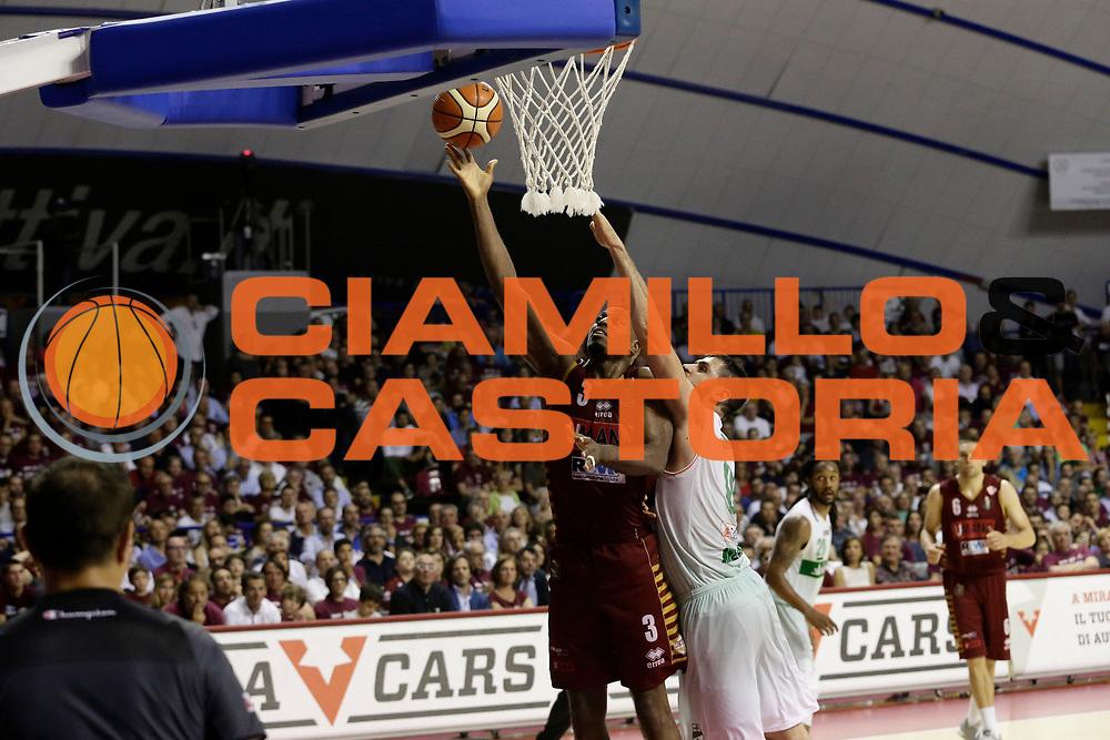Ejim Melvin<br /> Umana Reyer Venezia - Sidigas Scandone Avellino<br /> Lega Basket Serie A 2016/17 Semifinali Gara 01<br /> Venezia, 26/05/2017<br /> Foto Ciamillo-Castoria / M. Brondi