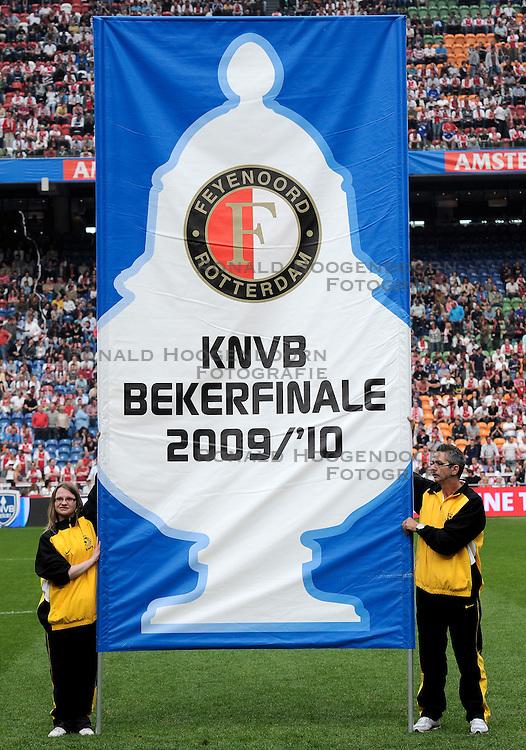25-04-2010 VOETBAL: AJAX - FEYENOORD: AMSTERDAM<br /> De eerste wedstrijd in de bekerfinale is gewonnen door Ajax met 2-0 / Feyenoord bekerfinale banner vlag<br /> ©2009-WWW.FOTOHOOGENDOORN.NL