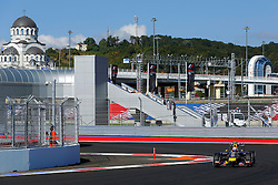 10.10.2014, Sochi Autodrom, Sotschi, RUS, FIA, Formel 1, Grosser Preis von Russland, Training, im Bild Daniel Ricciardo (AUS) Red Bull Racing RB10. // during the Practice of the FIA Formula 1 Russia Grand Prix at the Sochi Autodrom in Sotschi, Russia on 2014/10/10. EXPA Pictures © 2014, PhotoCredit: EXPA/ Sutton Images/ Martini<br /> <br /> *****ATTENTION - for AUT, SLO, CRO, SRB, BIH, MAZ only*****