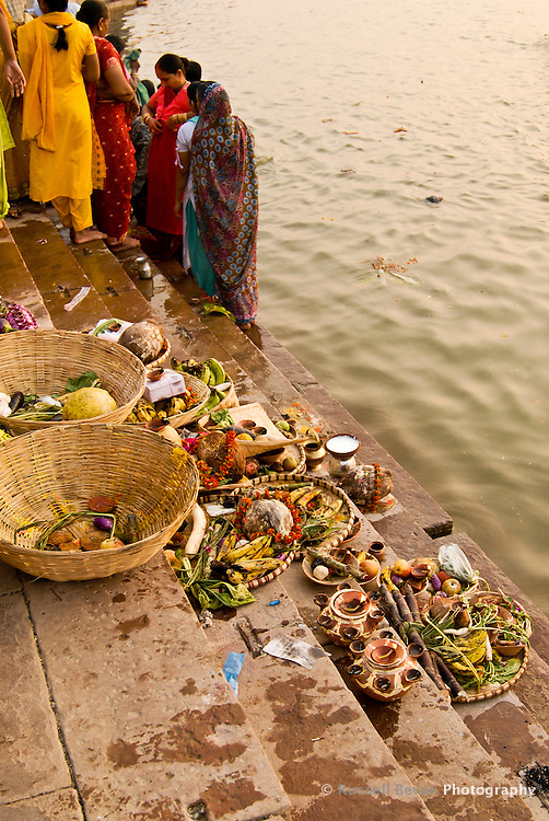 Holy offerings on the ghats during the festival of Kartik Poornima in Varanasi, Uttar Pradesh, India