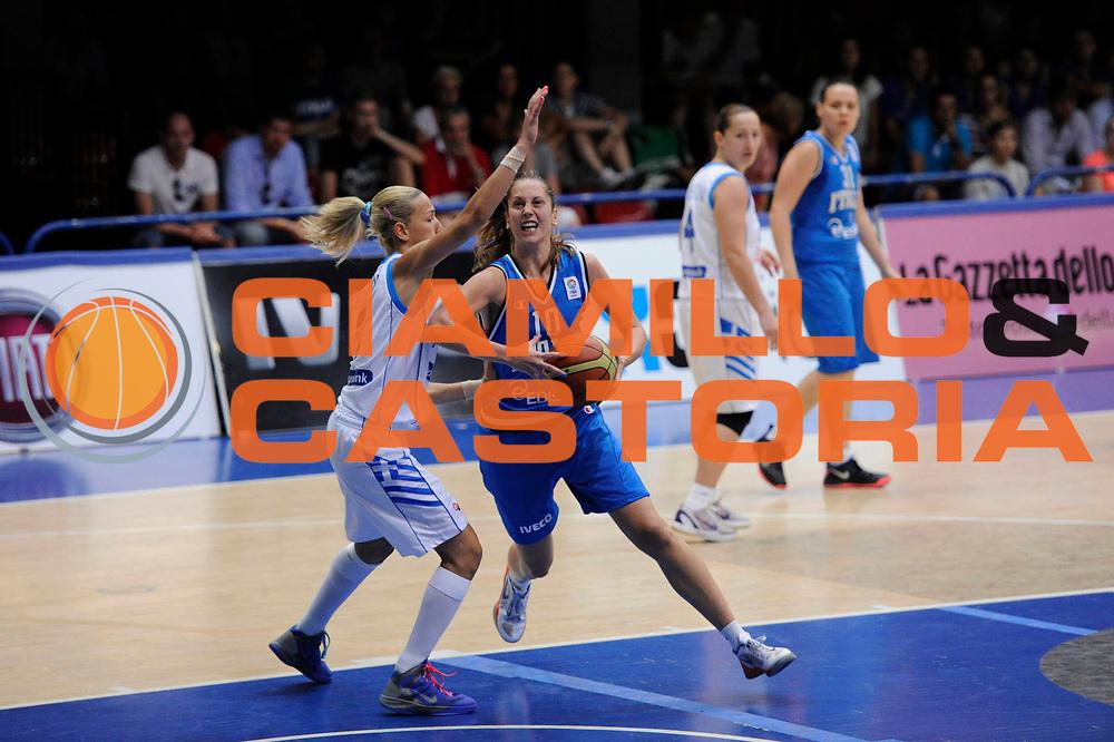 DESCRIZIONE : Latina Qualificazioni Europei Francia 2013 Italia Grecia<br /> GIOCATORE : Lavinia Santucci<br /> CATEGORIA : palleggio penetrazione<br /> SQUADRA : Nazionale Italia<br /> EVENTO : Latina Qualificazioni Europei Francia 2013<br /> GARA : Italia Grecia<br /> DATA : 11/07/2012<br /> SPORT : Pallacanestro <br /> AUTORE : Agenzia Ciamillo-Castoria/C.De Massis<br /> Galleria : Fip 2012<br /> Fotonotizia : Latina Qualificazioni Europei Francia 2013 Italia Grecia<br /> Predefinita :