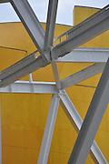 Construccion del Biomuseo de Panama. Primer edificio diseñado por Frank Gehry en America Latina. Panama, 13 de septiembre de 2011. (Victoria  Murillo/ Istmophoto)