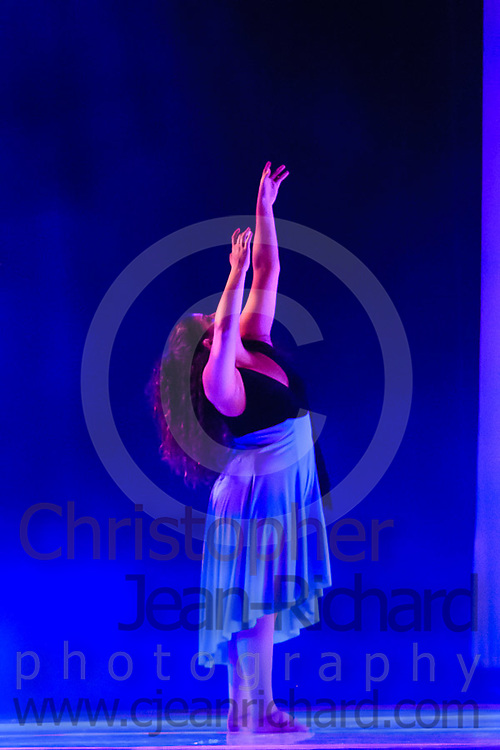 ART: 2015 | Colours of Passion: We've Got The Power | Sunday Afternoon Performance -- Week 2<br /> <br /> Landscape With Figure<br /> choreography: Luciano Di Natale<br /> 16-19 Jahre<br /> Modern Contemporary<br /> <br /> Students and Instructors of Atelier Rainbow Tanzkunst (http://www.art-kunst.ch/) perform on the stage of the Schinzenhof in June, 2015.<br /> <br /> Schinzenhof, Alte Landstrasse 24 8810 Horgen Switzerland
