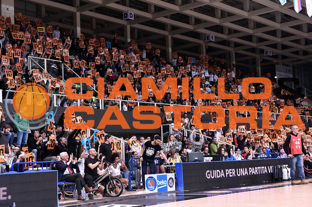 DESCRIZIONE : Trento Beko All Star Game 2016 Mini Slam Dunk Contest <br /> GIOCATORE : tifosi<br /> CATEGORIA : tifosi<br /> SQUADRA : tifosi<br /> EVENTO : Beko All Star Game 2016<br /> GARA : Mini Slam Dunk Contest<br /> DATA : 10/01/2016<br /> SPORT : Pallacanestro <br /> AUTORE : Agenzia Ciamillo-Castoria/Max.Ceretti