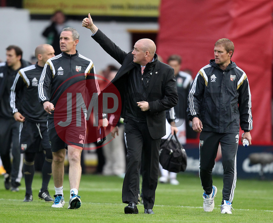 Brentford Manager, Mark Warburton gives a thumbs up to the crowd - Photo mandatory by-line: Robbie Stephenson/JMP - Mobile: 07966 386802 - 08/05/2015 - SPORT - Football - Brentford - Griffin Park - Brentford v Middlesbrough - Sky Bet Championship