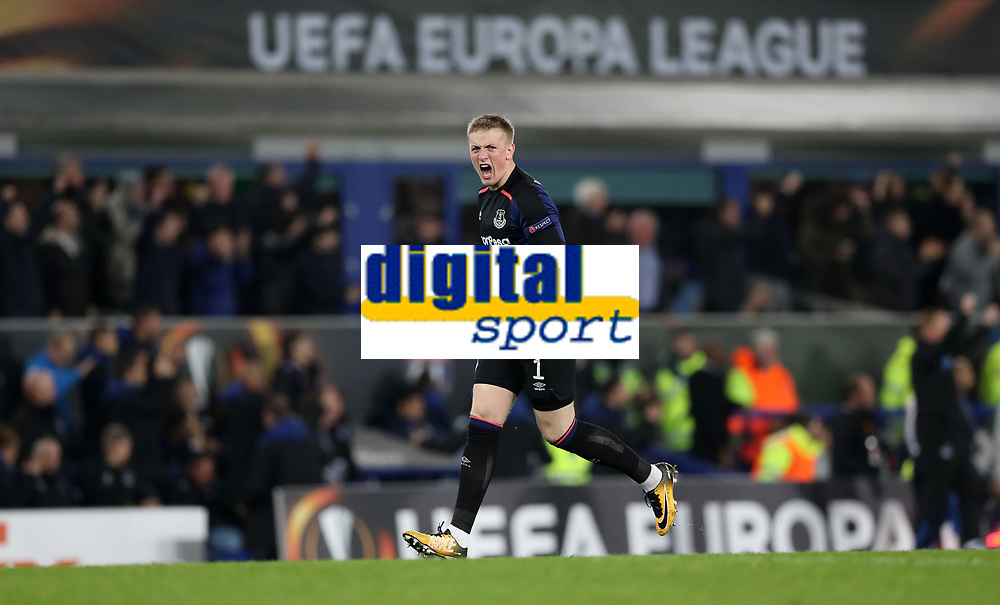 Football - 2017 / 2018 UEFA Europa League - Group E: Everton vs. Olympique Lyonnais (Lyon)<br /> <br /> Jordan Pickford of Everton celebrates at Goodison Park.<br /> <br /> COLORSPORT/LYNNE CAMERON