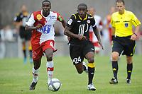 FOOTBALL - FRIENDLY GAMES 2010/2011 - STADE BRESTOIS v LILLE OSC - 31/07/2010 - PHOTO PASCAL ALLEE / DPPI - RIO MAVUBA (LILLE) / GRANDDI NGOYI (BREST)