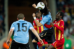 Sebastian Abreu of Uruguay vs Hans Sarpei of Ghana during to the 2010 FIFA World Cup South Africa Quarter Finals football match between Uruguay and Ghana on July 02, 2010 at Soccer City Stadium in Sowetto, suburb of Johannesburg. (Photo by Vid Ponikvar / Sportida)