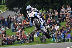 R8 MCE British Superbikes Cadwell Park 2013