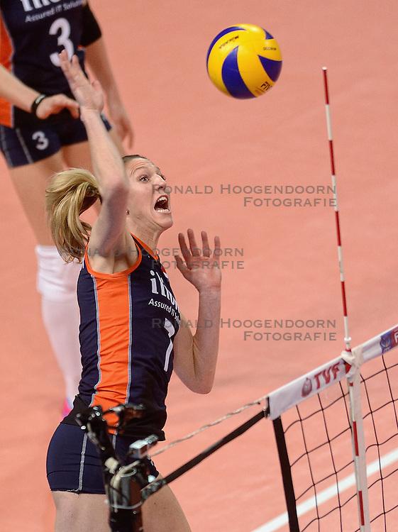 07-01-2016 TUR: European Olympic Qualification Tournament Nederland - Kroatie, Ankara<br /> Nederland verslaat Kroatië met 3-0 en gaat als groepswinnaar de halve finale in / Quinta Steenbergen #7