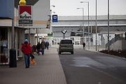 Seiteneingang zu den Skoda Autowerken im Zentrum von Mlada Boleslav. Mlada Boleslav liegt noerdlich von Prag und ist ungefaehr 60 Kilometer von der tschechischen Haupstadt entfernt. Skoda Auto besch&auml;ftigt in Tschechien 23.976 Mitarbeiter (Stand 2006), den Grossteil davon in der Zentrale in Mlada Boleslav. Damit sind mehr als 3/4 aller Erwerbst&auml;tigen der Stadt in dem Automobilkonzern t&auml;tig.<br /> <br />                                        Side entrance to the Skoda factory in the city of Mlada Boleslav. The city is located north of Prague and about 60 km away from the Czech capital. Skoda Auto has about 23.976 employees (2006) in Czech Republic and a big part of them is working in Mlada Boleslav. 3/4 of the working population in Mlada Boleslav is working for the Skoda Auto company.