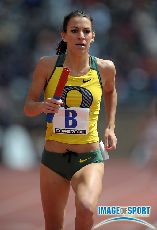 Apr 27, 2012; Philadelphia, PA, USA; Becca Friday runs the anchor leg on the Oregon womens 4 x 1,500m relay that won the Championship of America race in 17:29.00 in the 118th Penn Relays at Franklin Field.