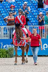 BLUM Simone (GER), DSP Alice<br /> Tryon - FEI World Equestrian Games™ 2018<br /> Siegerehrung / Medaillenvergabe<br /> FEI World Individual Jumping Championship<br /> Third cometition - Round B<br /> 3. Qualifikation Einzelentscheidung 1. Runde<br /> 23. September 2018<br /> © www.sportfotos-lafrentz.de/Stefan Lafrentz
