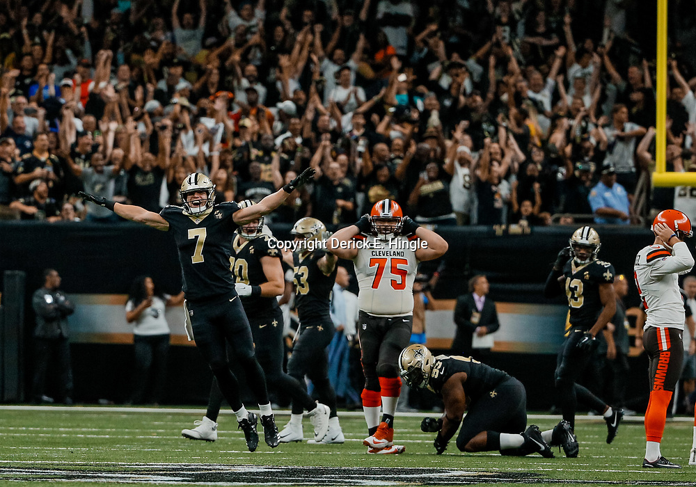 Sep 16, 2018; New Orleans, LA, USA; New Orleans Saints specialist Taysom Hill (7) celebrates after Cleveland Browns place kicker Zane Gonzalez (2) misses on a 52 yard field goal attempt in the final seconds of the fourth quarter of a game at the Mercedes-Benz Superdome. The Saints defeated the Browns 21-18. Mandatory Credit: Derick E. Hingle-USA TODAY Sports