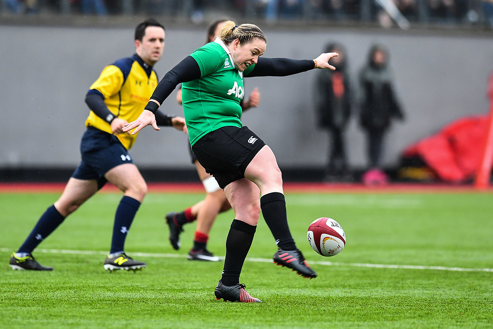 Ireland women's Edel McMahon in action during todays match<br /> <br /> Photographer Craig Thomas/Replay Images<br /> <br /> International Friendly - Wales women v Ireland women - Sunday 21th January 2018 - CCB Centre for Sporting Excellence - Ystrad Mynach<br /> <br /> World Copyright © Replay Images . All rights reserved. info@replayimages.co.uk - http://replayimages.co.uk