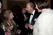 HILARY MANTEL; ED VICTOR; CAROL VICTOR, The 2009 Booker Prize dinner. Guildhall. London. 6 October 2009