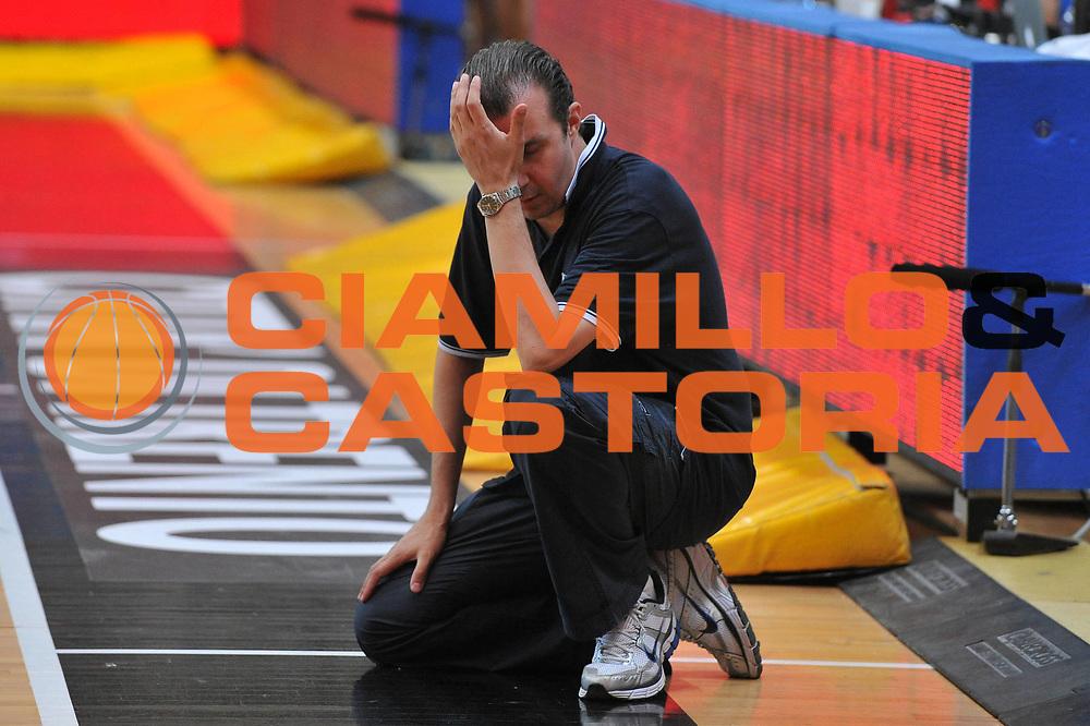 DESCRIZIONE : Trento Primo Trentino Basket Cup Italia Bosnia Erzegovi<br /> GIOCATORE : simone pianigiani<br /> CATEGORIA : delusione<br /> SQUADRA : Nazionale Italia Maschile<br /> EVENTO :  Trento Primo Trentino Basket Cup<br /> GARA : Italia Bosnia Erzegovi<br /> DATA : 27/07/2012<br /> SPORT : Pallacanestro<br /> AUTORE : Agenzia Ciamillo-Castoria/M.Gregolin<br /> Galleria : FIP Nazionali 2012<br /> Fotonotizia : Trento Primo Trentino Basket Cup Italia Bosnia Erzegovi<br /> Predefinita :
