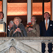 NLD/Utrecht/20130411 - Oranjes bij 300 jaar Vrede van Utrecht, Oranjes ontsteken verlichting Domkerk