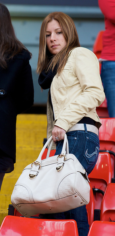 LIVERPOOL, ENGLAND - Sunday, April 13, 2008: Olalla Miga Rita, girlfriend of Liverpool's Fernando Torres during the Premiership match at Anfield. (Photo by David Rawcliffe/Propaganda)