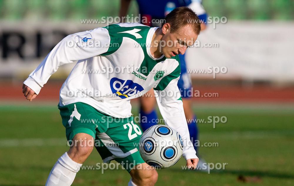 Davor Skerjanc of Olimpija  at 18th Round of PrvaLiga football match between NK Olimpija and NK Labod Drava, on November 21, 2009, in ZAK, Ljubljana, Slovenia. Olimpija defeated Drava 3:0. (Photo by Vid Ponikvar / Sportida)