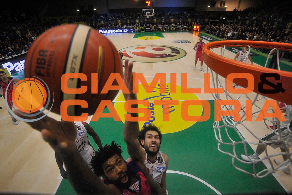 Lacey Trevor<br /> EA7 Emporio Armani Milano - Banco di Sardegna Sassari<br /> Poste Mobile Final Eight F8 2017 <br /> Lega Basket 2016/2017<br /> Rimini, 19/02/2017<br /> Foto Ciamillo-Castoria/M.Longo