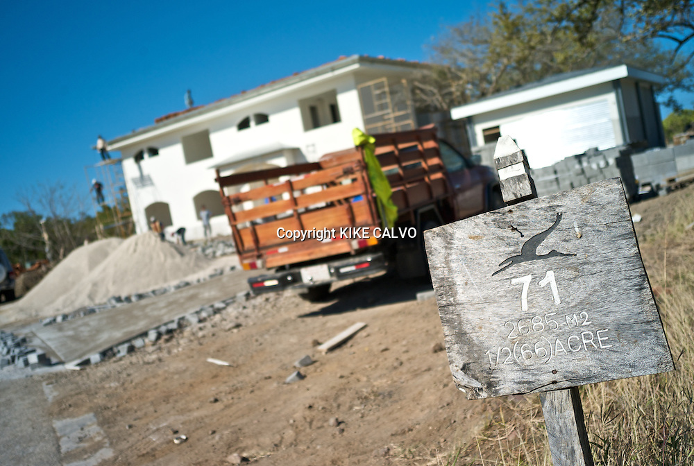 Construction within Hacienda Pinilla.Hacienda Pinilla, a 4,500-acre project in Guanacaste Peninsula, with more than 3 miles of beaches, hotels, villas and a golf course. B1276