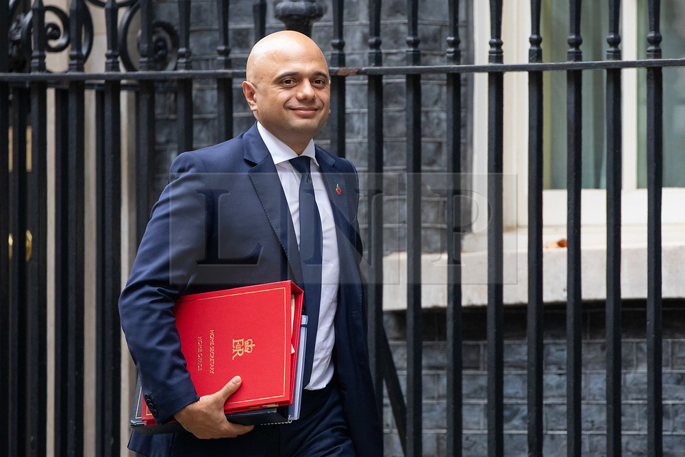 © Licensed to London News Pictures. 06/11/2018. London, UK. Home Secretary Sajid Javid leaving 10 Downing Street after attending a Cabinet meeting this morning. Photo credit : Tom Nicholson/LNP