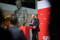 DEU, Deutschland, Germany, Berlin, 06.11.2017: Der SPD-Parteivorsitzende Martin Schulz bei einer Pressekonferenz im Willy-Brandt-Haus.