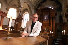 Vicar of St Brides Church  - Fleet St - 2000