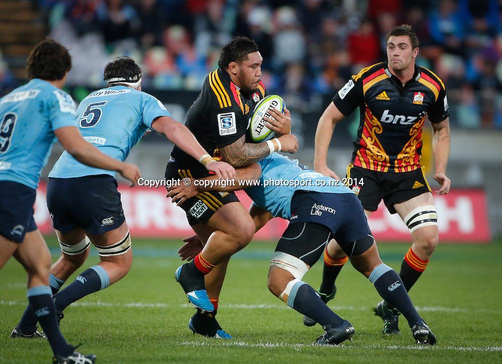 Chiefs Ben Tameifuna is tackled. Super Rugby, Chiefs v Waratahs, Yarrow Stadium, New Plymouth, New Zealand. Saturday, 31 May, 2014. Photo: John Cowpland / photosport.co.nz
