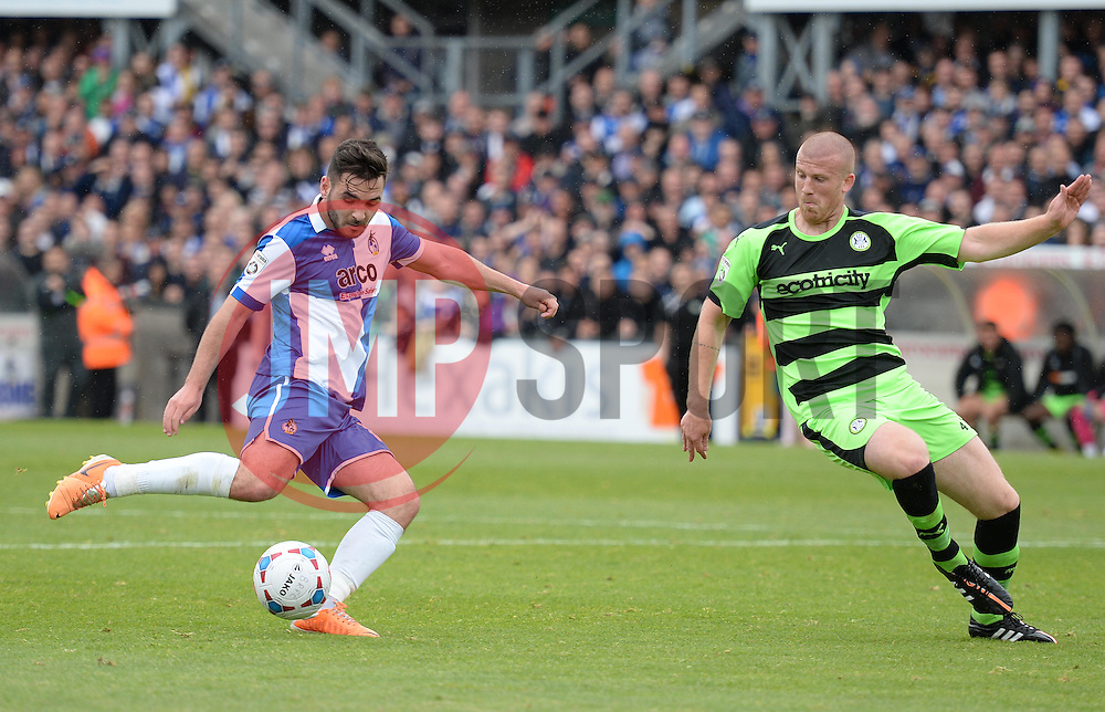 Bristol Rovers' Jake Gosling shoots. - Photo mandatory by-line: Alex James/JMP - Mobile: 07966 386802 - 03/05/2015 - SPORT - Football - Bristol - Memorial Stadium - Bristol Rovers v Forest Green Rovers - Vanarama Football Conference