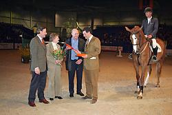 FSP - Uminea C<br /> De Heer en Mevrouw Bosgoed, Egbert Schep, Paul Hendrix<br /> KWPN Hengstenkeuring - 's Hertogenbosch 2005<br /> Photo © Hippo Foto