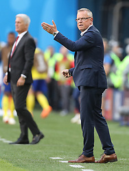 SAINT PETERSBURG, July 3, 2018  Head coach Janne Andersson (R) of Sweden gives instructions to players during the 2018 FIFA World Cup round of 16 match between Switzerland and Sweden in Saint Petersburg, Russia, July 3, 2018. Sweden won 1-0 and advanced to the quarter-final. (Credit Image: © Cao Can/Xinhua via ZUMA Wire)
