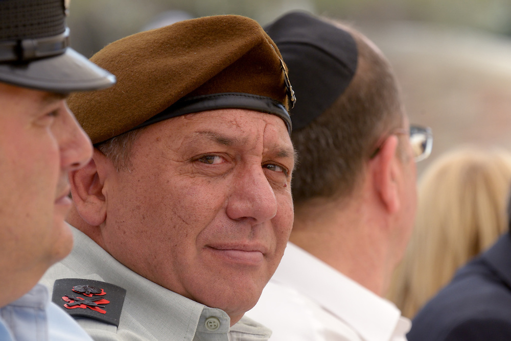 Major-General Gadi Eizenkot and current Deputy Chief of Staff attends the official memorial day ceremony at the military cemetery Kiryat Shaul on May 5, 2014 in Tel Aviv, Israel. Photo by Gili Yaari