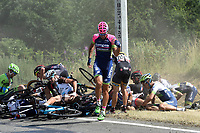 Sykkel<br /> Foto: PhotoNews/Digitalsport<br /> NORWAY ONLY<br /> <br /> Big crash with POZZATO Filippo of Lampre - Merida during the stage 3 of the 102nd edition of the Tour de France 2015 with start in Antwerp and finish in Huy, Belgium (159 kms) *** HUY, BELGIUM - 6/07/2015