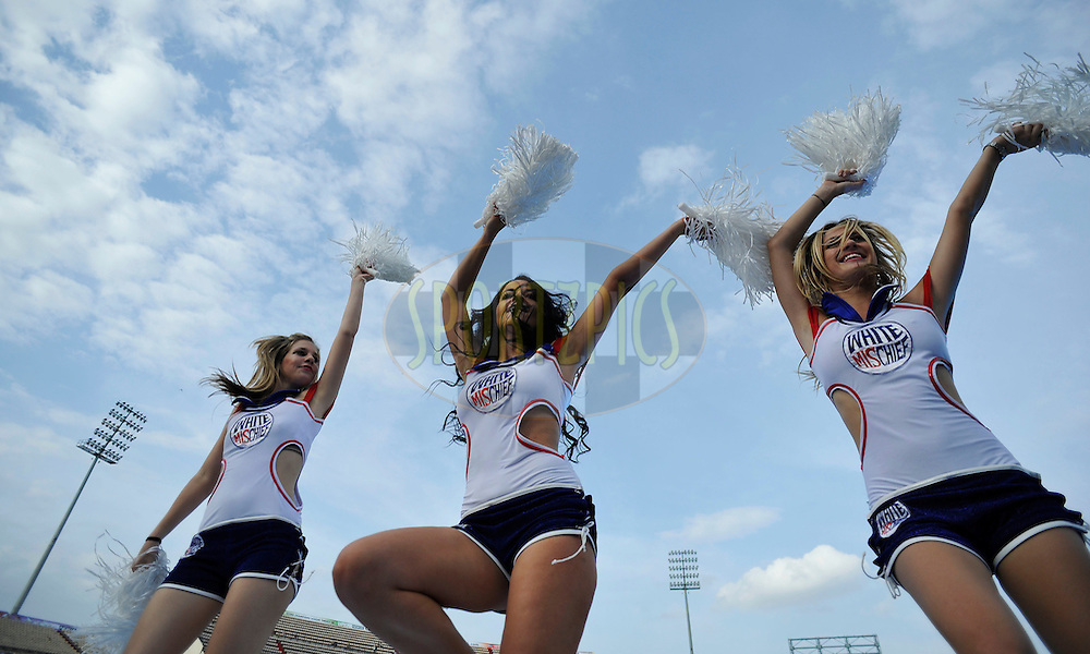 Cheer girls dance during the Q1 match between Trinidad & Tobago and Ruhunu Eleven held at the Rajiv Gandhi International Stadium, Hyderabad on the 19th September 2011..Photo by Vipin Pawar/BCCI/SPORTZPICS