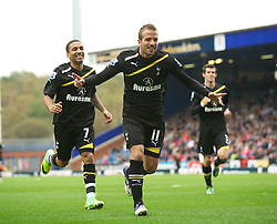 23.10.2011, Ewood Park, Blackburn, ENG, Premier League, Blackburn Rovers vs Tottenham Hotspur, im Bild Tottenham Hotspur's Rafael Van Der Vaart celebrates scoring the second goal against Blackburn Rovers // during the Premier League match between Blackburn Rovers vs Tottenham Hotspur at Ewood Park, Blackburn, United Kingdom on 23/10/2011. EXPA Pictures © 2011, PhotoCredit: EXPA/ Propaganda Photo/ David Rawcliff +++++ ATTENTION - OUT OF ENGLAND/GBR+++++