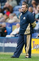 Photo: Steve Bond.<br /> Leicester City v Barnsley. Coca Cola Championship. 27/10/2007. Simon Davey can only watch